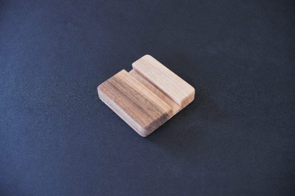 Cell phone stand, small